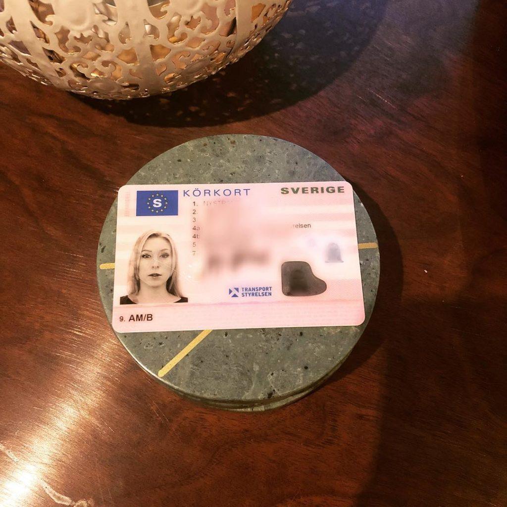 var kan jag köpa ett svenska körkort
